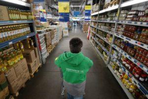 «Сбермаркет» переходит на темную сторону